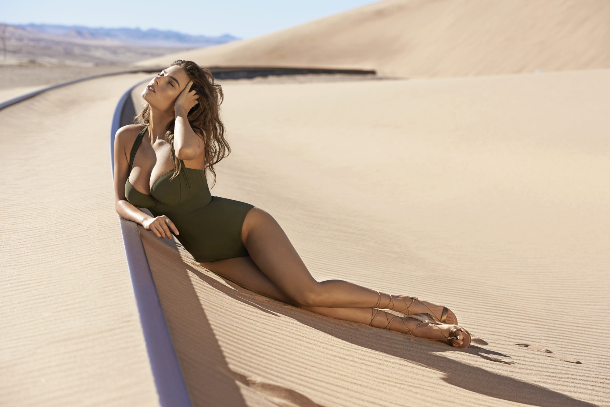 Alice Peneaca / Pain de Sucre Campaign / Namibie Swimwear / Maillot de bain